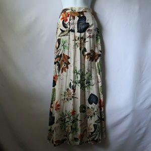 Dresses & Skirts - Tropical skirt